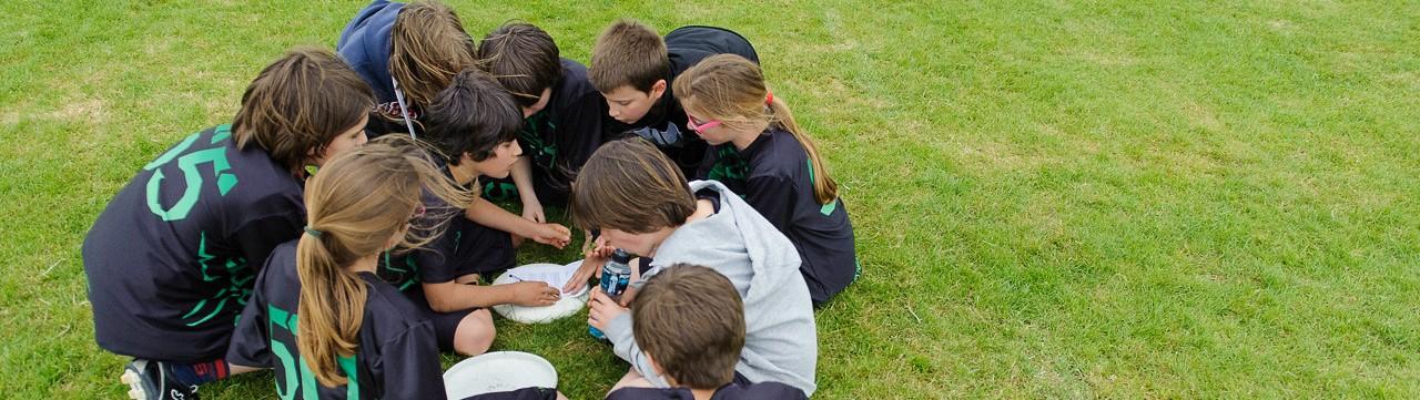 Coupe Junior 2013, Sablé sur Sarthe, France.U14. Frisbeurs Nantais (Nantes). Renseignent la note de fair-play.PhotoID : 2013-05-11-0503