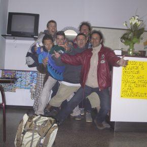 2001 Paga Frisbeurs Font les Cons à l'Hotel