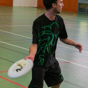 Frisbeurs_Indoor_N3_2016_side-renan